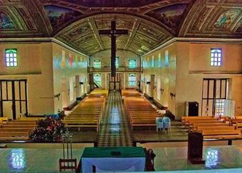 poblacion-church-inside